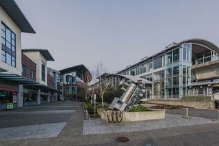 """Photo 19: 2005 2225 HOLDOM Avenue in Burnaby: Central BN Condo for sale in """"Legacy"""" (Burnaby North)  : MLS®# R2240436"""