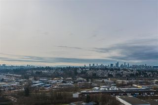 """Photo 7: 2005 2225 HOLDOM Avenue in Burnaby: Central BN Condo for sale in """"Legacy"""" (Burnaby North)  : MLS®# R2240436"""