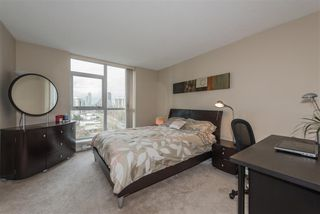 """Photo 8: 2005 2225 HOLDOM Avenue in Burnaby: Central BN Condo for sale in """"Legacy"""" (Burnaby North)  : MLS®# R2240436"""