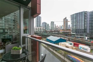 """Photo 14: 701 918 COOPERAGE Way in Vancouver: Yaletown Condo for sale in """"THE MARINER"""" (Vancouver West)  : MLS®# R2244805"""