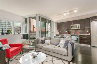 """Photo 7: 701 918 COOPERAGE Way in Vancouver: Yaletown Condo for sale in """"THE MARINER"""" (Vancouver West)  : MLS®# R2244805"""