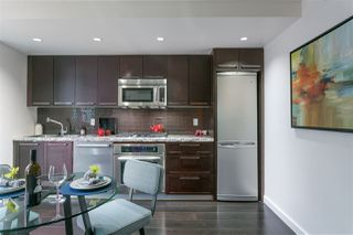 """Photo 3: 701 918 COOPERAGE Way in Vancouver: Yaletown Condo for sale in """"THE MARINER"""" (Vancouver West)  : MLS®# R2244805"""