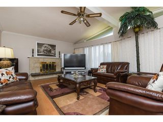 Photo 3: 4708 55 Street in Delta: Delta Manor House for sale (Ladner)  : MLS®# R2246940