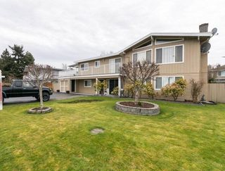 Photo 2: 4708 55 Street in Delta: Delta Manor House for sale (Ladner)  : MLS®# R2246940
