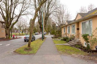 "Photo 3: 1907 KITCHENER Street in Vancouver: Grandview VE House for sale in ""COMMERCIAL DRIVE"" (Vancouver East)  : MLS®# R2248236"