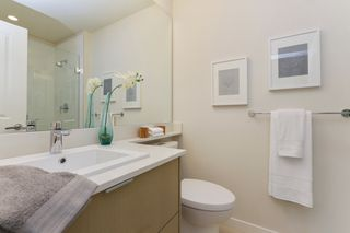 "Photo 16: 313 277 W 1 Street in North Vancouver: Lower Lonsdale Condo for sale in ""West Quay"" : MLS®# R2252206"