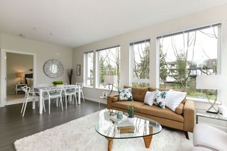 "Photo 3: 313 277 W 1 Street in North Vancouver: Lower Lonsdale Condo for sale in ""West Quay"" : MLS®# R2252206"