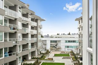 "Photo 12: 313 277 W 1 Street in North Vancouver: Lower Lonsdale Condo for sale in ""West Quay"" : MLS®# R2252206"