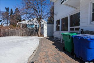 Photo 39: 304 Bate Crescent in Saskatoon: Grosvenor Park Residential for sale : MLS®# SK724443