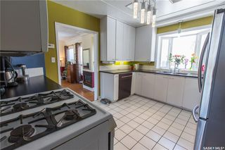 Photo 12: 304 Bate Crescent in Saskatoon: Grosvenor Park Residential for sale : MLS®# SK724443