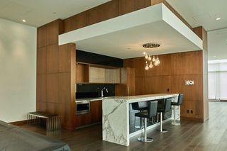 "Photo 12: 2109 13750 100 Avenue in Surrey: Whalley Condo for sale in ""Park Ave"" (North Surrey)  : MLS®# R2257070"
