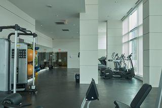 "Photo 10: 2109 13750 100 Avenue in Surrey: Whalley Condo for sale in ""Park Ave"" (North Surrey)  : MLS®# R2257070"