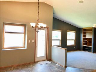 Photo 5: 123 Julia Road in Winnipeg: River Park South Residential for sale (2F)  : MLS®# 1818783