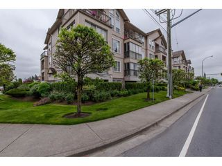 """Photo 3: 207 2772 CLEARBROOK Road in Abbotsford: Central Abbotsford Condo for sale in """"Brookhollow Estates"""" : MLS®# R2289860"""