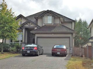Photo 1: 18176 66 Avenue in Surrey: Cloverdale BC House for sale (Cloverdale)  : MLS®# R2306075