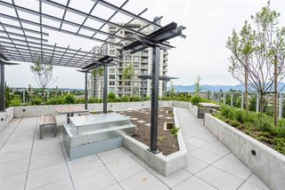 """Photo 15: 2606 5470 ORMIDALE Street in Vancouver: Collingwood VE Condo for sale in """"Wall Centre Central Park Tower 3"""" (Vancouver East)  : MLS®# R2308248"""