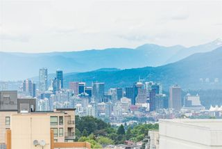 """Photo 3: 2606 5470 ORMIDALE Street in Vancouver: Collingwood VE Condo for sale in """"Wall Centre Central Park Tower 3"""" (Vancouver East)  : MLS®# R2308248"""