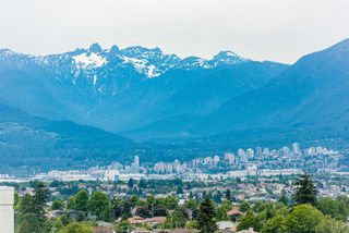 """Photo 1: 2606 5470 ORMIDALE Street in Vancouver: Collingwood VE Condo for sale in """"Wall Centre Central Park Tower 3"""" (Vancouver East)  : MLS®# R2308248"""