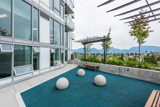 """Photo 11: 2606 5470 ORMIDALE Street in Vancouver: Collingwood VE Condo for sale in """"Wall Centre Central Park Tower 3"""" (Vancouver East)  : MLS®# R2308248"""