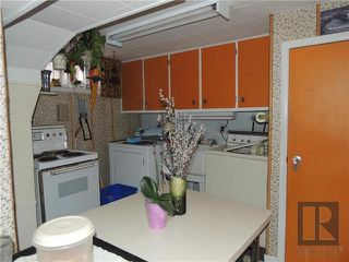 Photo 10: 221 Electa Street in Winnipeg: Weston Residential for sale (5D)  : MLS®# 1826405