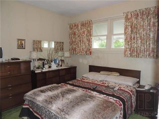 Photo 5: 221 Electa Street in Winnipeg: Weston Residential for sale (5D)  : MLS®# 1826405