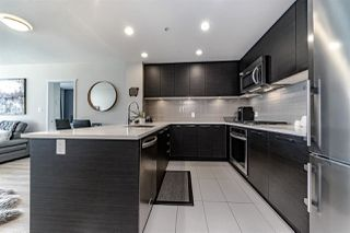 """Photo 8: 1108 3102 WINDSOR Gate in Coquitlam: New Horizons Condo for sale in """"CELADON BY POLYGON"""" : MLS®# R2331958"""