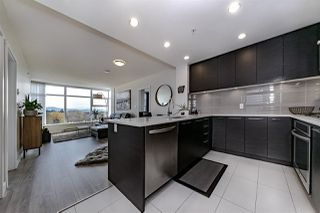 """Photo 9: 1108 3102 WINDSOR Gate in Coquitlam: New Horizons Condo for sale in """"CELADON BY POLYGON"""" : MLS®# R2331958"""