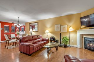 """Photo 4: 116 245 W 15TH Street in North Vancouver: Central Lonsdale Townhouse for sale in """"Chatsworth Mews"""" : MLS®# R2333983"""