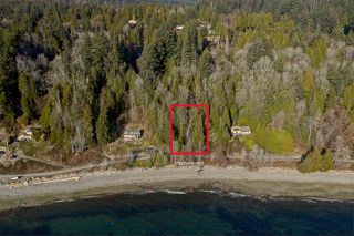 "Photo 4: Lot 4 OCEAN BEACH Esplanade in Gibsons: Gibsons & Area Home for sale in ""Bonniebrook/Chaster Beach"" (Sunshine Coast)  : MLS®# R2347212"