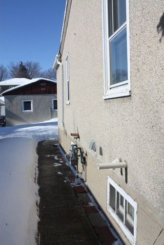 Photo 3: 11820 55 Street in Edmonton: Zone 06 House for sale : MLS®# E4146714
