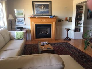 Photo 2: 11423 44A Avenue in Edmonton: Zone 16 House for sale : MLS®# E4147122
