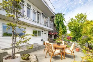 Photo 2: 185 N WARWICK Avenue in Burnaby: Capitol Hill BN House for sale (Burnaby North)  : MLS®# R2349243
