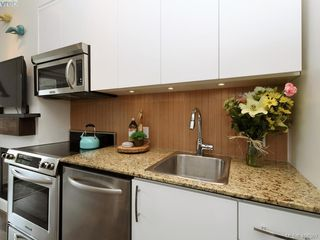 Photo 10: 417 1395 Bear Mountain Parkway in VICTORIA: La Bear Mountain Condo Apartment for sale (Langford)  : MLS®# 408367