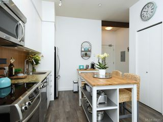 Photo 6: 417 1395 Bear Mountain Parkway in VICTORIA: La Bear Mountain Condo Apartment for sale (Langford)  : MLS®# 408367