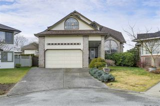 Main Photo: 19634 CEDAR Lane in Pitt Meadows: Mid Meadows House for sale : MLS®# R2368792