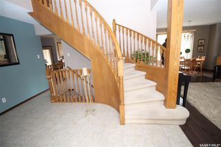 Photo 2: 646 WHITESWAN Drive in Saskatoon: Silverwood Heights Residential for sale : MLS®# SK771564