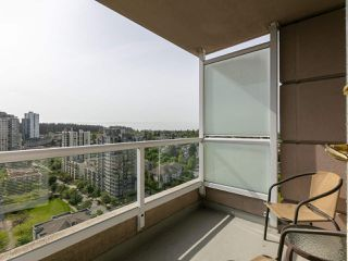 "Photo 4: 1802 5189 GASTON Street in Vancouver: Collingwood VE Condo for sale in ""THE MACGREGOR"" (Vancouver East)  : MLS®# R2369458"