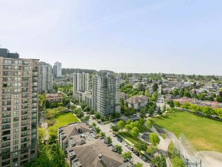 "Photo 3: 1802 5189 GASTON Street in Vancouver: Collingwood VE Condo for sale in ""THE MACGREGOR"" (Vancouver East)  : MLS®# R2369458"