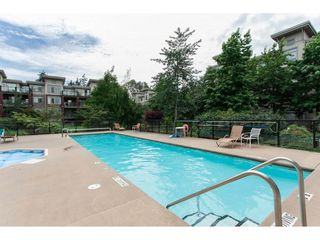 "Photo 16: 222 15385 101A Avenue in Surrey: Guildford Condo for sale in ""Charlton Park"" (North Surrey)  : MLS®# R2374020"