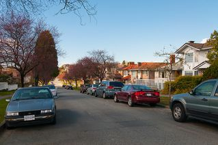 Photo 35: 3191 East 6th Avenue in Vancouver: Home for sale : MLS®# V1054407
