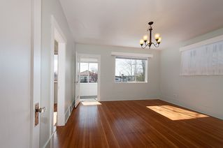 Photo 3: 3191 East 6th Avenue in Vancouver: Home for sale : MLS®# V1054407