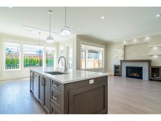 """Photo 7: 16160 29A Avenue in Surrey: Grandview Surrey House for sale in """"MORGAN HEIGHTS"""" (South Surrey White Rock)  : MLS®# R2384786"""