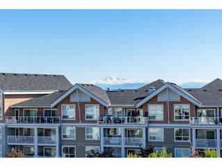 "Photo 17: 415 6490 194 Street in Surrey: Clayton Condo for sale in ""Waterstone"" (Cloverdale)  : MLS®# R2411705"
