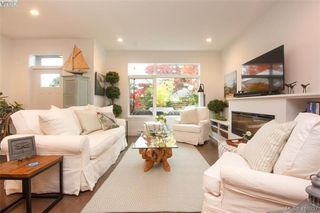Photo 8: 3 2350 Henry Ave in NORTH SAANICH: Si Sidney North-East Row/Townhouse for sale (Sidney)  : MLS®# 827133