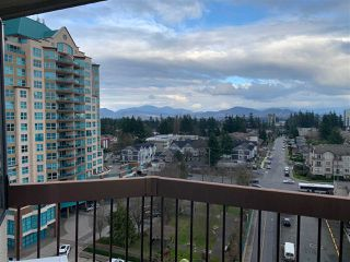 "Photo 3: 1017 31955 OLD YALE Road in Abbotsford: Abbotsford West Condo for sale in ""Evergreen Villas"" : MLS®# R2435978"