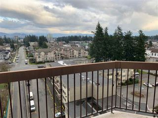 "Photo 2: 1017 31955 OLD YALE Road in Abbotsford: Abbotsford West Condo for sale in ""Evergreen Villas"" : MLS®# R2435978"
