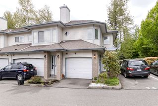 "Photo 1: 74 21579 88B Avenue in Langley: Walnut Grove Townhouse for sale in ""CARRIAGE PARK"" : MLS®# R2452954"