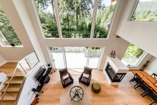 Photo 2: 5535 GREENLEAF Road in West Vancouver: Eagle Harbour House for sale : MLS®# R2455218