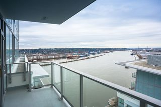 Photo 3: 3102 908 QUAYSIDE DRIVE in New Westminster: Quay Condo for sale : MLS®# R2463848