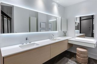 "Photo 16: 3801 1211 MELVILLE Street in Vancouver: Coal Harbour Condo for sale in ""The Ritz"" (Vancouver West)  : MLS®# R2487231"
